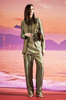 resort-gucci2