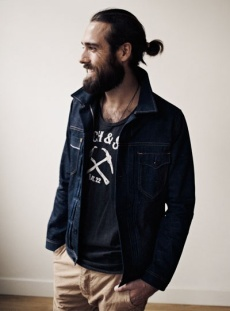 mens-ponytail